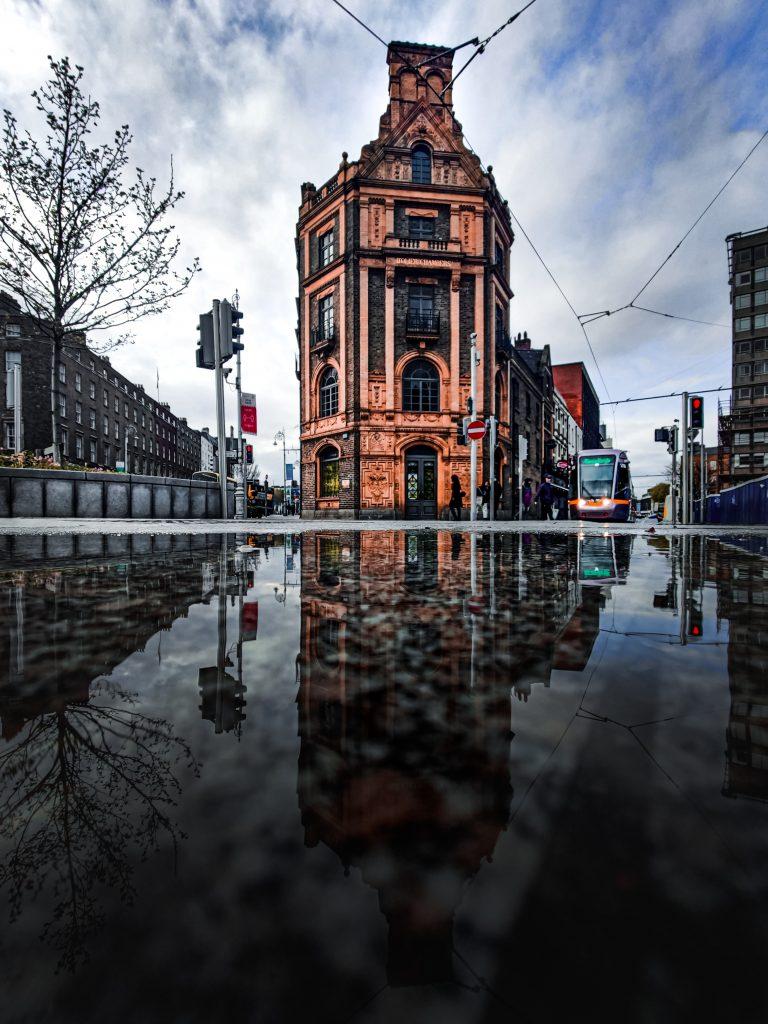 Dublin City, Ireland By Conor Luddy [Source : unsplash]