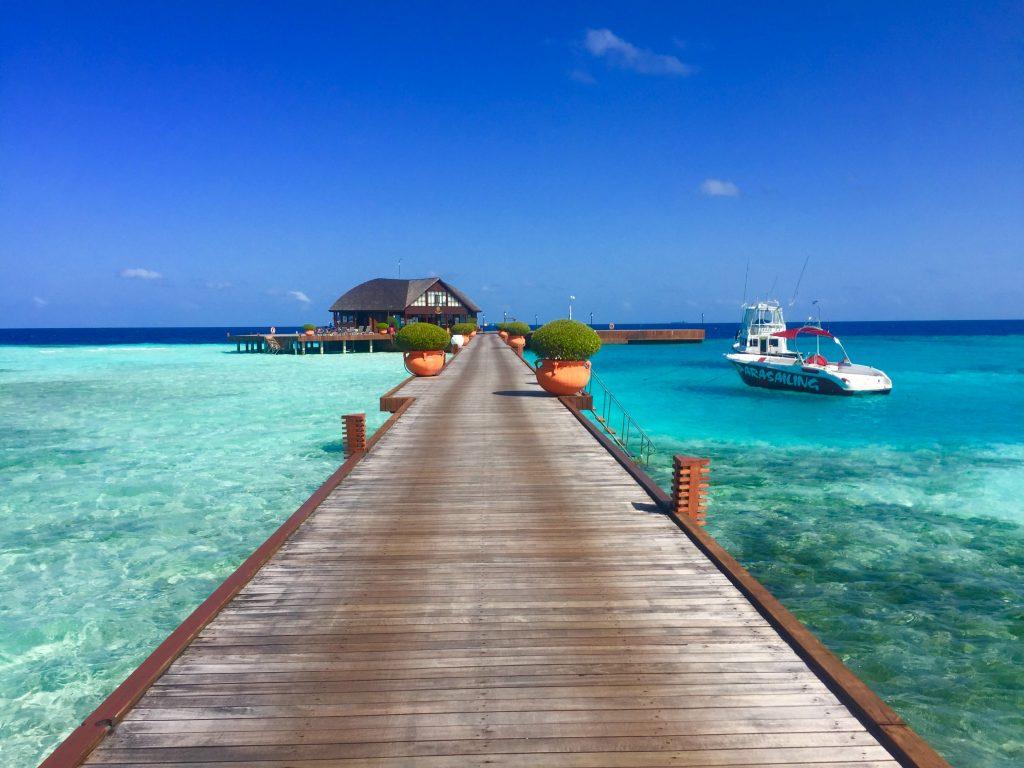 Olhuveli Island Maldives By Jennvmy_ [Source : unsplash]